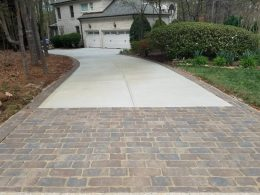 Kehinde driveway with paver front and border