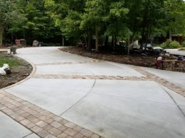 chapel hill driveway with paver inserts