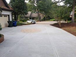 driveway with paver circle kit