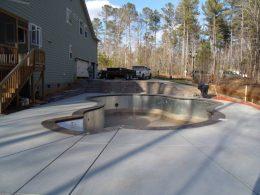 pool with seg wall steps